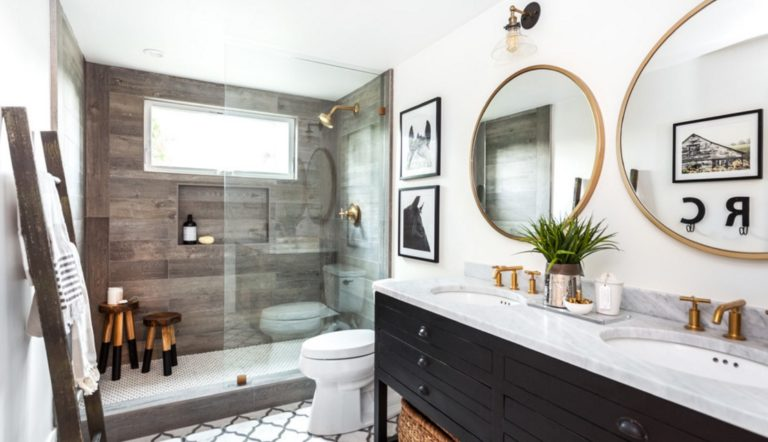 4 Ways to Ensure Your Bathroom Renovation Stays Under Budget